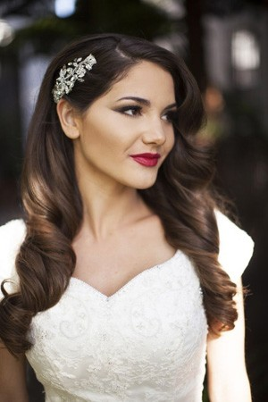 Glam Wedding Makeup A luxe wedding